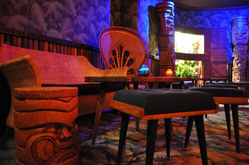 dirty dick paris france bar tiki central. Black Bedroom Furniture Sets. Home Design Ideas