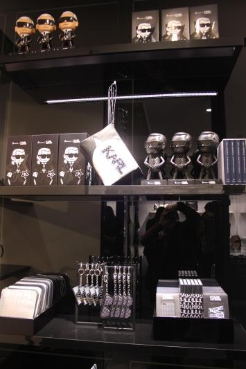 magasin chanel lagerfeld paris