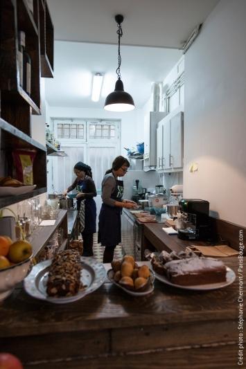 restaurant chez dom la cuisine du monde s 39 invite dans votre assiette. Black Bedroom Furniture Sets. Home Design Ideas