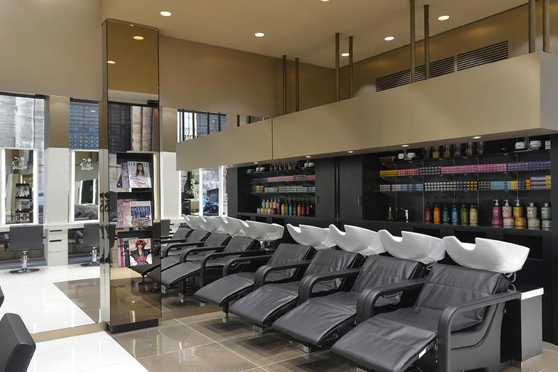Alexandre de paris studio salon de coiffure premium aux prix accessibles - Salon de coiffure luxe paris ...