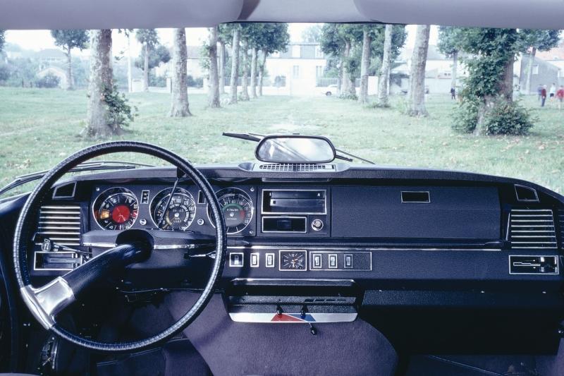 Salon r tromobile 2015 par amour des voitures de collection for Interieur 1970