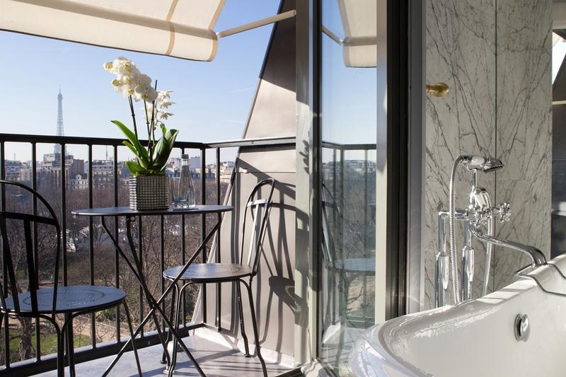 la r serve paris hotel and spa nouveau joyau de l 39 h tellerie parisienne. Black Bedroom Furniture Sets. Home Design Ideas