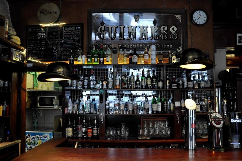 4 pubs irlandais o f ter la saint patrick paris. Black Bedroom Furniture Sets. Home Design Ideas